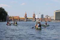 Berlin Kanutour Walking on Water