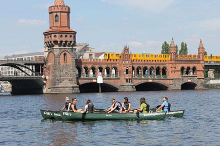 Oberbaumbrücke Canoe tour Berlin